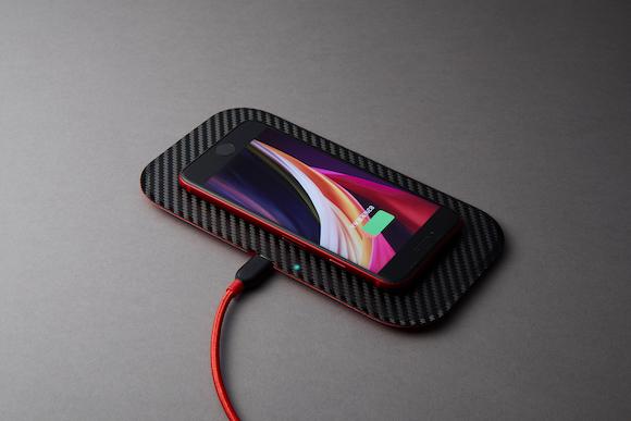 Deff Wireless Charging Tray(日産スカイラインGT-R)